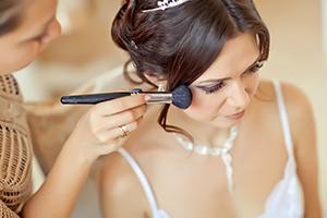 Forfaits mariage de votre institut de beauté à Estrées-Saint-Denis (Moyvillers)