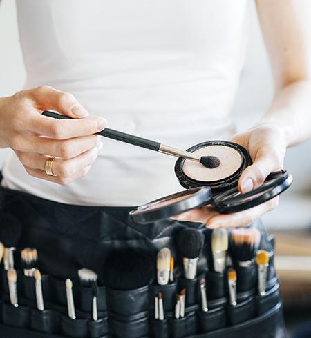Maquillage professionnel dans votre institut de beauté à Estrées-Saint-Denis (Moyvillers)