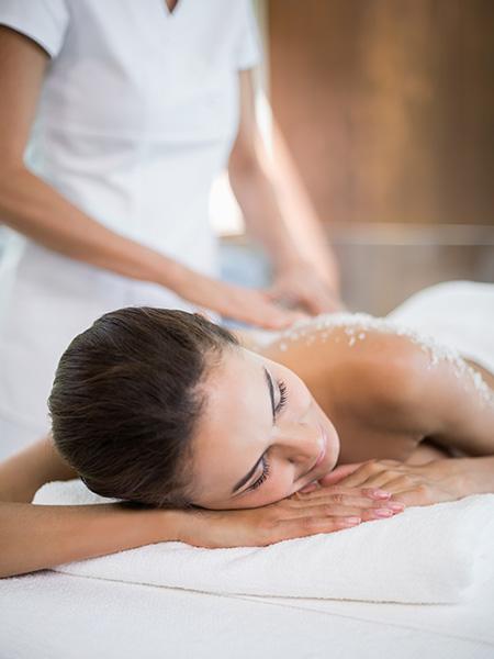 Massages corps dans votre institut de beauté  à Estrées-Saint-Denis (Moyvillers)